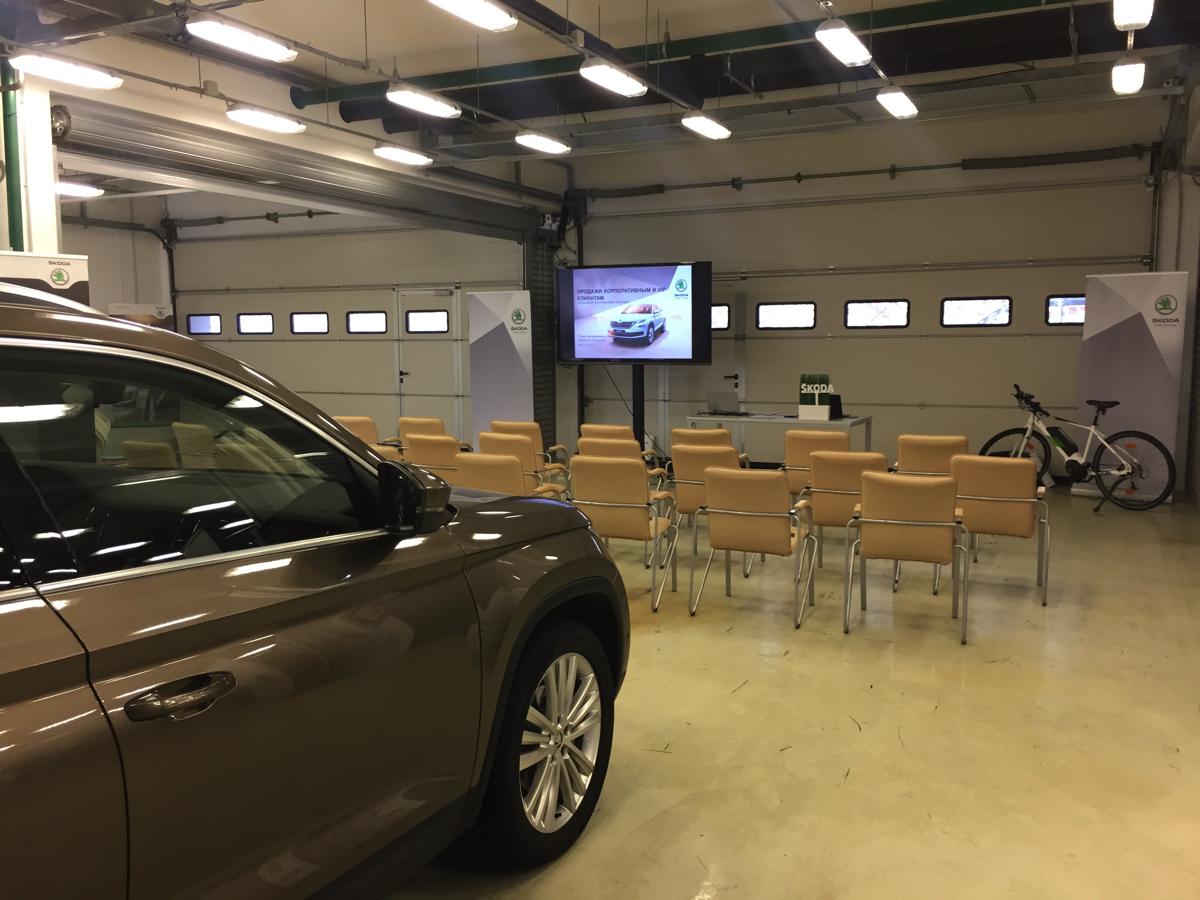 В тест-драйв Skoda для лизинговых компаний входила демонстрация вдинамической и игровой формах исключительных потребительских качеств автомобилей Skoda