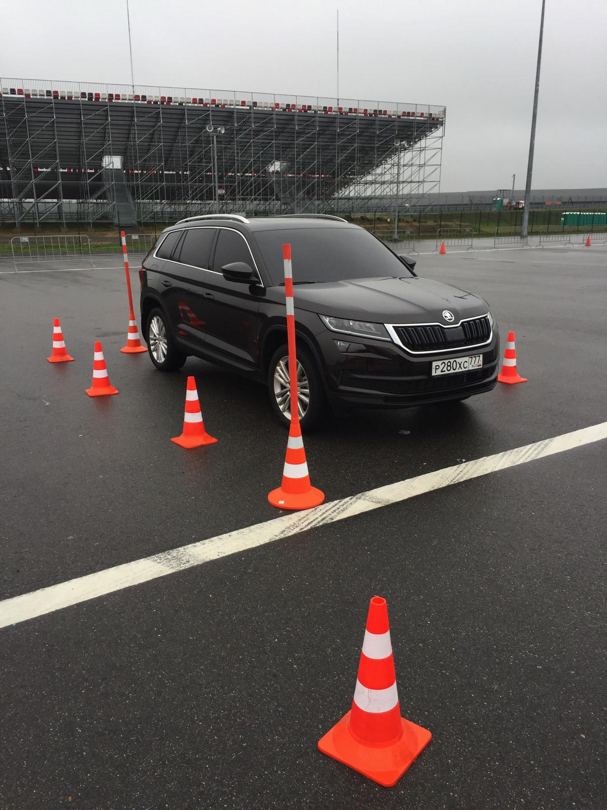 Подготовка демонстрации работы системы кругового обзора автомобиля Skoda - Area View