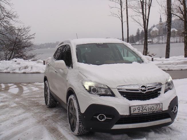 Opel Mokka: ближе к вечеру, наши экипажи постепенно подтягиваются в город Блед
