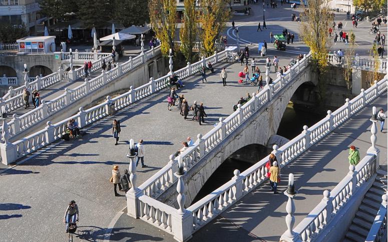 Opel Mokka: По пути участников ждет обед и прогулка по старой части Любляны, столицы Словении
