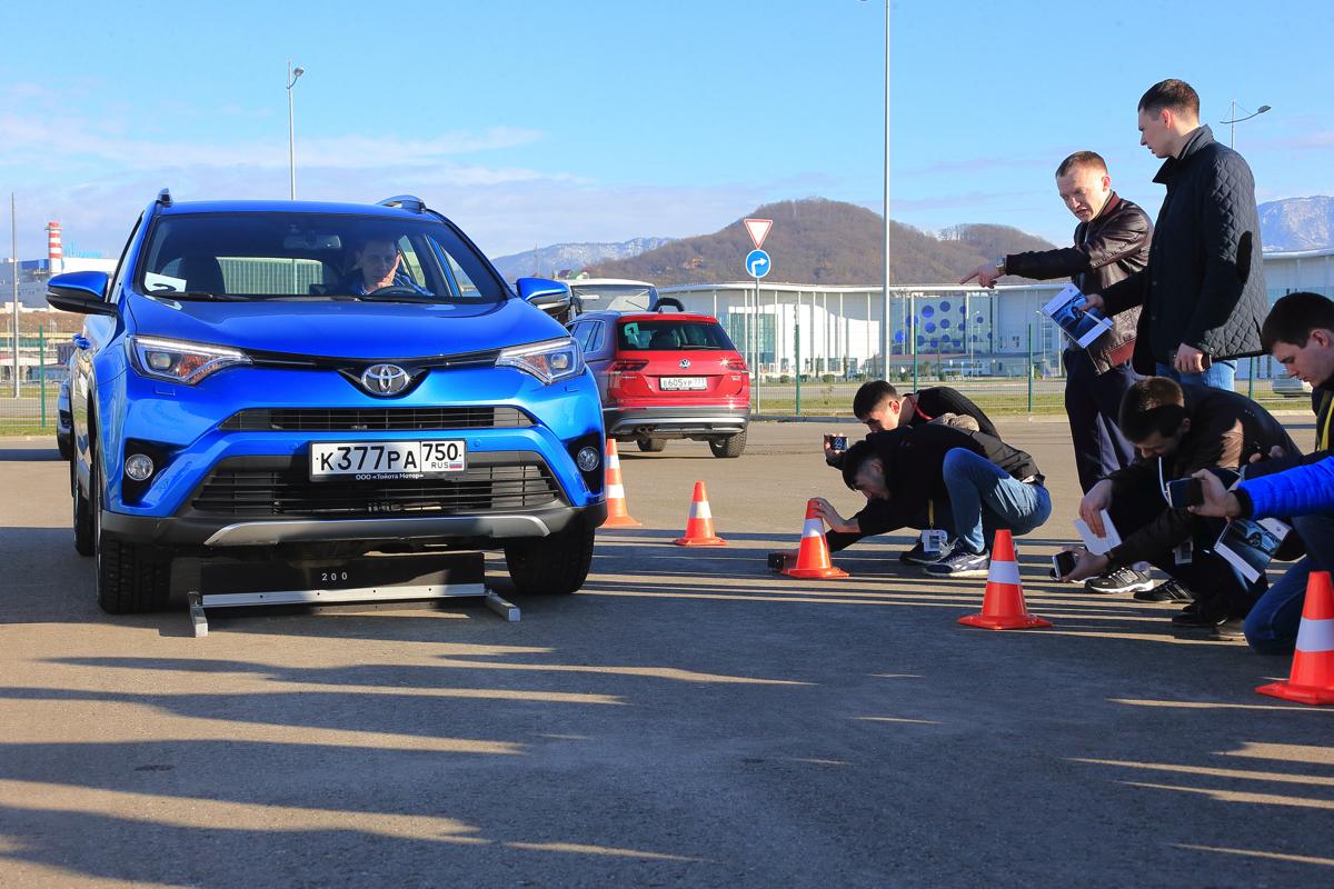 Дилерский тренинг VW в Сочи. Сравнение с конкурентами