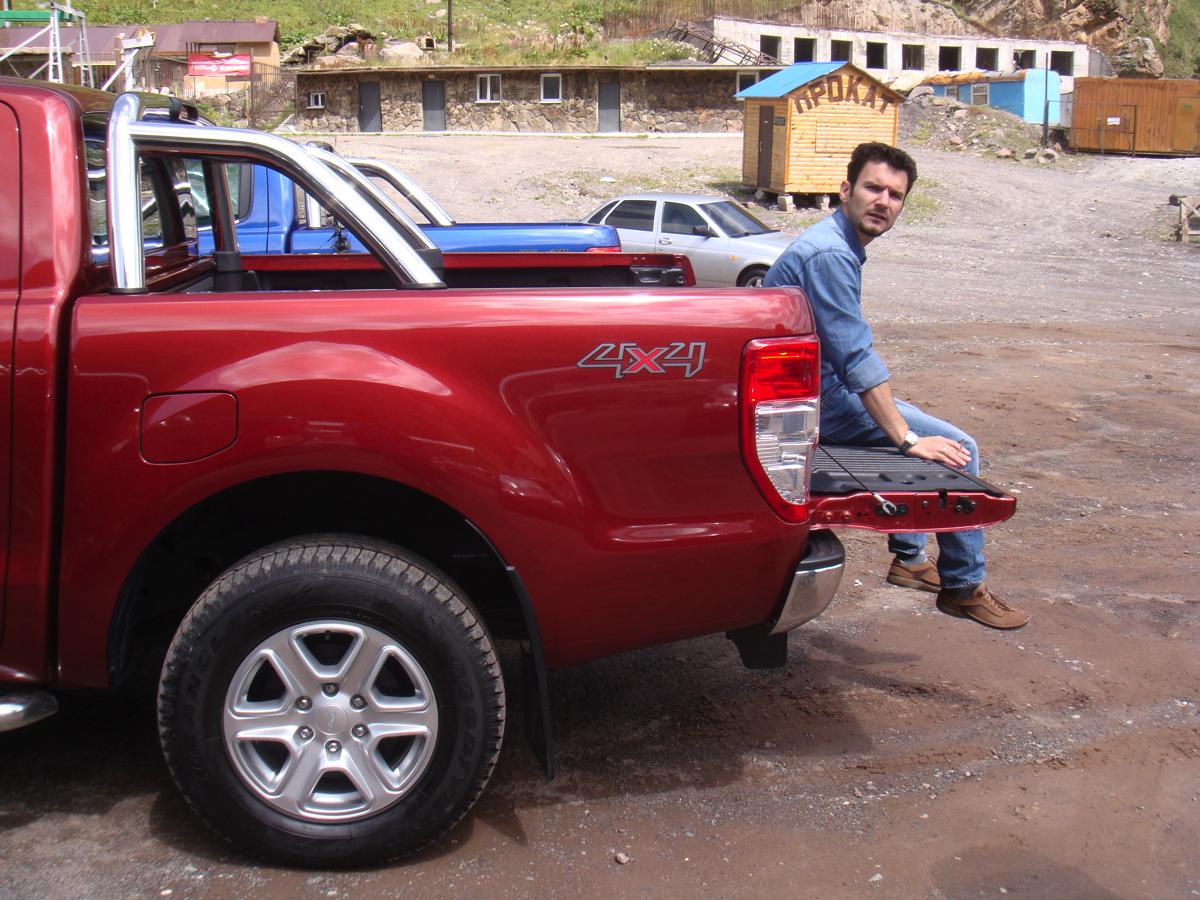 Ford Ranger: фотосессия у подножья Эльбруса