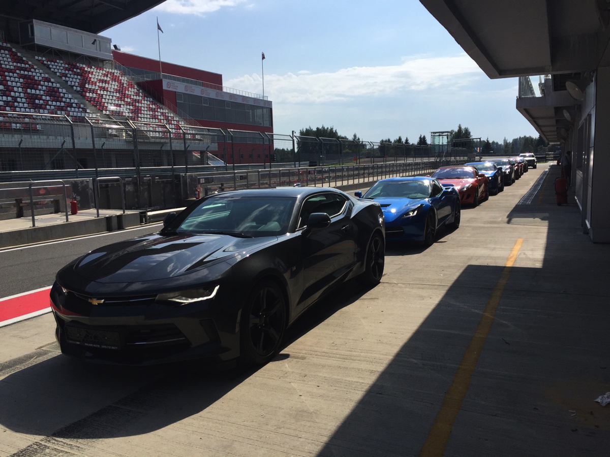 Дилерский тренинг: Cadillac CTS & CTS-V, Chevrolet Camaro & Corvette