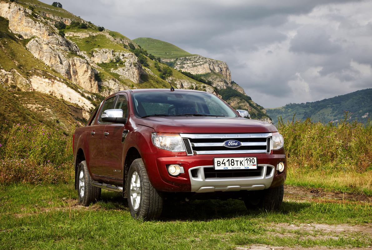 Ford Ranger: На горе «Змейка» недалеко от Пятигорска когда то добывали на камень из которого на заводе у ее подножья дробили в щебенку